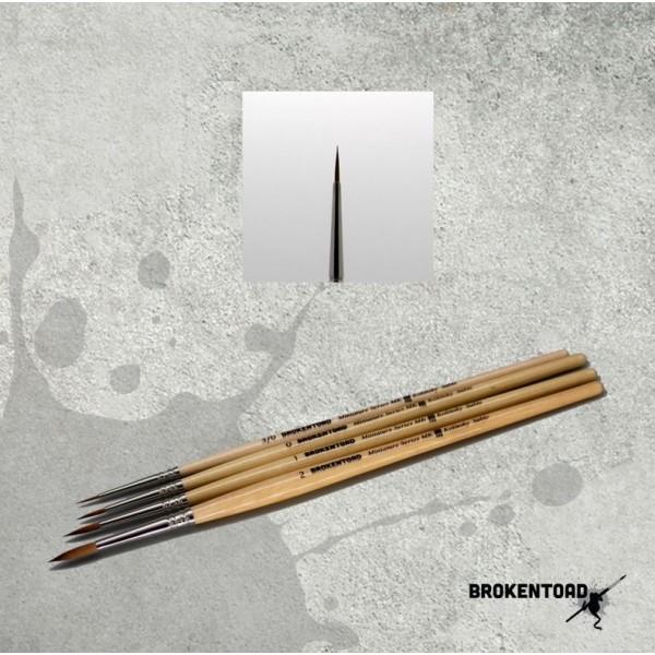 BrokenToad - Miniature Series MK3 Brush - Size 3/0