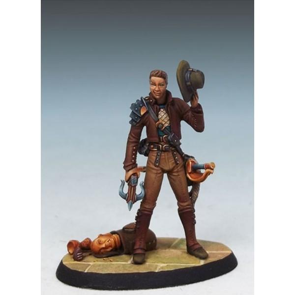 Dark Sword Miniatures - Visions in Fantasy - Hawk - Treasure Hunter