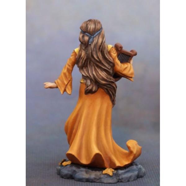 Dark Sword Miniatures - Stephanie Law Masterworks - Female Bard with Harp