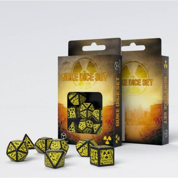Q-Workshop - Nuke (Revised) Black & yellow Dice Set (7)